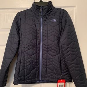 BRAND NEW North Face Women's Jacket Size M